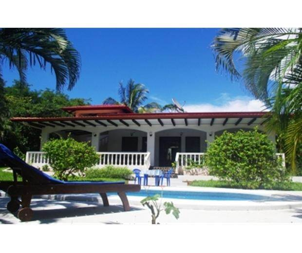 Beach Houses For Sale In Costa Rica: Maison à Vendre Villa Roberta Playa Junquillal, Guanacaste
